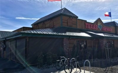 Exterior Roll Down Shades for Texas Roadhouse